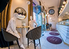 The Mannequin Challenge: empty restaurant tables in Lithuania filled with mannequins to demonstrate fashion